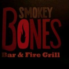 Photo taken at Smokey Bones Bar & Fire Grill by Tim L. on 1/28/2012