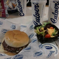 Photo taken at Culver's by Sharon G. on 11/28/2011