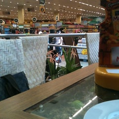 Photo taken at D'Ville Supermercados by loyse d. on 7/6/2012