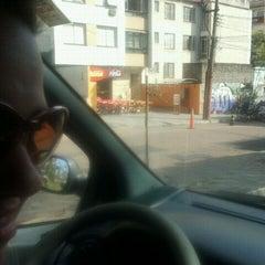 Photo taken at Companhia das Pizzas by Julio E. on 9/3/2011