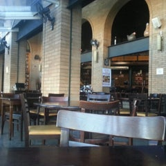Photo taken at North Beer by Fábio E. on 7/20/2012