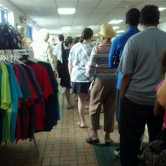 Photo taken at Shoreline Seafood by Keonté S. on 6/17/2012