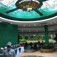 Photo taken at Hotel Kualamana by Mauricio D. on 8/12/2012