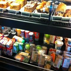 Photo taken at Starbucks by Aravind R. on 7/13/2012