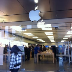 Photo taken at Apple Store, Perth City by Benjamin O. on 6/7/2012