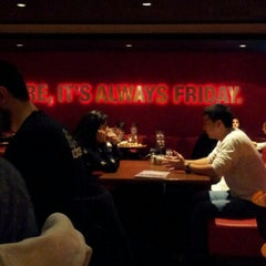 Photo taken at T.G.I. Friday's by María S. on 8/21/2012