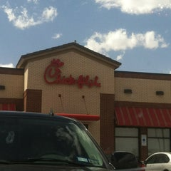 Photo taken at Chick-fil-A by Ashley S. on 3/23/2013