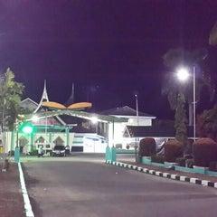 Photo taken at Asrama Haji Tabing Padang by Zamrisyaf I. on 9/1/2014