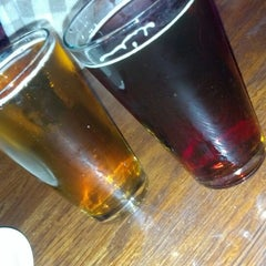 Photo taken at San Pedro Brewing Company by Alden Lono P. on 9/30/2012