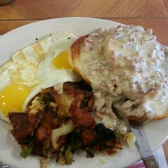 Photo taken at Crossmill Diner by Kevin W. on 2/17/2014