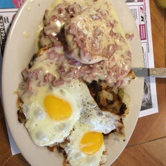 Photo taken at Crossmill Diner by Kevin W. on 6/22/2014