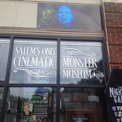Photo taken at Count Orlock's Nightmare Gallery by Mike D. on 9/16/2014