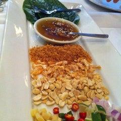 Photo taken at myElephant Thai Restaurant by Harmonie W. on 6/23/2013