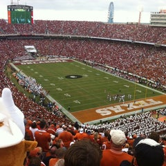 Photo taken at Cotton Bowl by Fiana on 10/13/2012