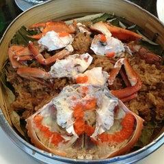 Photo taken at 欣叶餐厅 Shin Yeh Restaurant by Damon W. on 2/6/2013