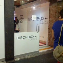 Photo taken at #BirchboxLocal by Jinni on 9/13/2013