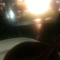 Photo taken at UMI Japanese Steakhouse by Elizabeth&Curry M. on 3/22/2013