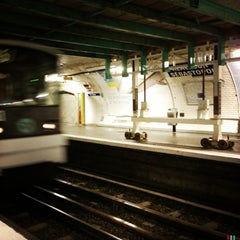 Photo taken at Métro Réaumur—Sébastopol [3,4] by Delphine P. on 6/20/2013