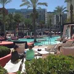 Photo taken at Flamingo GO Pool by Markus U. on 3/25/2013
