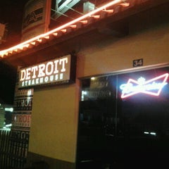 Photo taken at Detroit Steakhouse by Oberdan P. on 5/20/2013