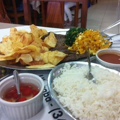 Photo taken at Tabu Restaurante by Raquel Ramos S. on 5/3/2014