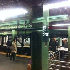 Photo taken at MTA Subway - 42nd Street Shuttle (S) by Bill V. on 5/9/2013