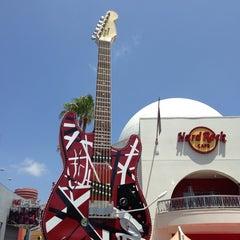 Photo taken at Universal CityWalk by Ana H. on 5/24/2013