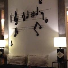 Foto scattata a Hotel Adriano da Yulia Cherry il 11/26/2013