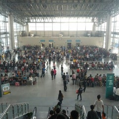 Photo taken at 杭州汽车客运中心 Hangzhou Passenger Transport Center by hulk w. on 10/3/2012