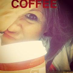 Photo taken at Starbucks by Jobina 🍹 N. on 12/15/2014