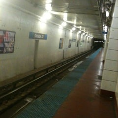 Photo taken at CTA - Division by BTRIPP on 4/12/2013