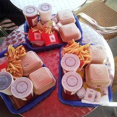 Photo taken at Burger King by Ugur Y. on 5/31/2013