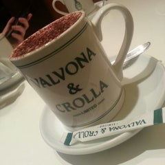 Photo taken at Valvona & Crolla VinCaffè by Wenxi on 1/10/2013