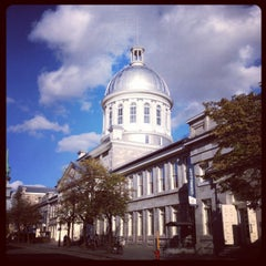 Photo taken at Marché Bonsecours by Marc Andre R. on 10/17/2013