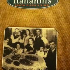 Photo taken at Italianni's by Ernesto R. on 6/2/2013