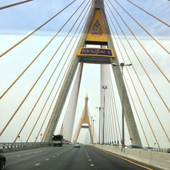 Photo taken at สะพานภูมิพล ๑ (Bhumibol 1 Bridge) by Amporn M. on 4/11/2013