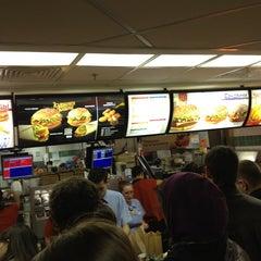 Photo taken at McDonald's by Nikka N. on 4/20/2013
