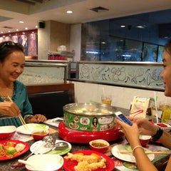 Photo taken at Hot Pot Inter Buffet by RoonGz K. on 7/12/2013
