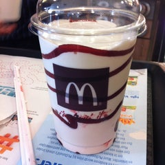 Photo taken at McDonald's by Ireen H. on 7/10/2013