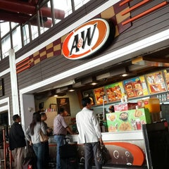 Photo taken at A&W by Dwityo T. on 4/1/2014