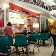 Photo taken at Studio Food Court by Rias A. on 7/7/2013