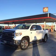 Photo taken at Texaco by David W. on 12/27/2013