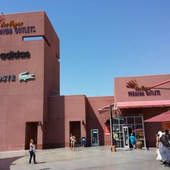 Photo taken at Las Vegas North Premium Outlets by Ziyad A. on 7/2/2013
