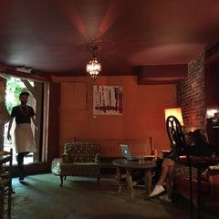 Photo taken at Le Dépanneur Café by Matthieu G. on 5/24/2015