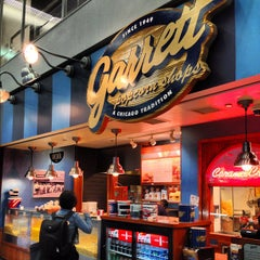 Photo taken at Garrett Popcorn Shops by PoP O. on 10/13/2012