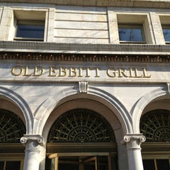 Photo taken at Old Ebbitt Grill by Kevin K. on 1/27/2013