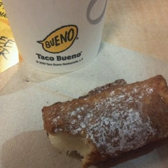 Photo taken at Taco Bueno by Brittany N. on 4/13/2013