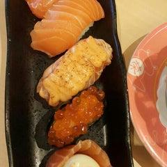 Photo taken at Sakae Sushi by Sam L. on 9/17/2015