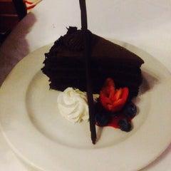 Photo taken at Shula's Steak House by pRettybAbyjHuDDz on 11/7/2014