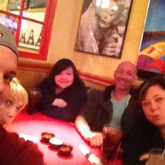 Photo taken at Red Robin Gourmet Burgers by Erin G. on 1/18/2014